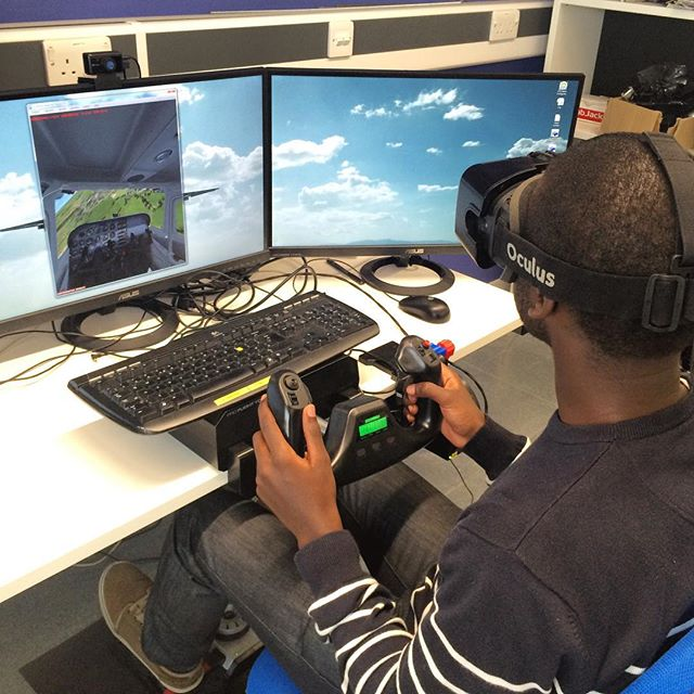 Experiencing virtual reality for the first time! ️ #OculusRift #VR #FlightSimulator